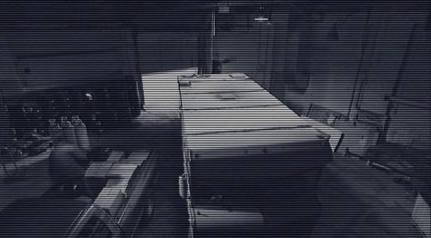 Diary of the Dead  caméra de surveillance dans un hangar
